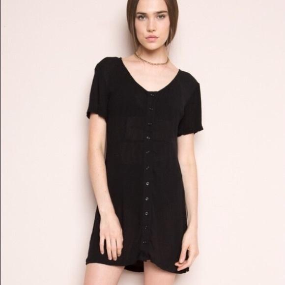 435798325c Brandy Melville Suri button down gauze dress